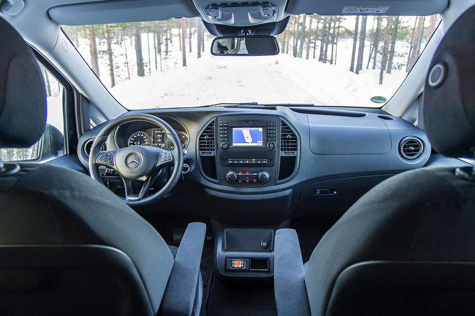 2014 - [Mercedes] Classe V/Vito - Page 9 Mercedes-Vito-119-CDI-BlueTec-Tourer-Pro-4x4-fotoshowImage-d2d0f073-843060