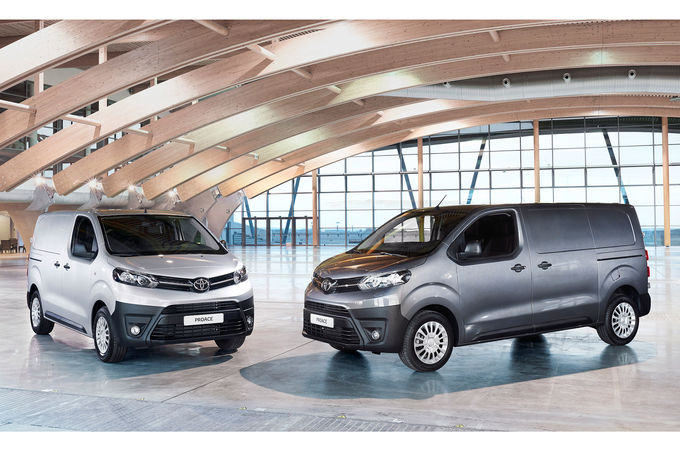 2016 - [Citroën/Peugeot/Toyota] SpaceTourer/Traveller/ProAce - Page 18 Toyota-Proace-Transporter-fotoshowImage-a176ff26-938678