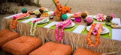 Гавайские праздники. Гавайская вечеринка. Гавайская магия. Гаваи ( кухня, танцы, мода ). - Страница 2 1-gavajskie-lei-gavajskie-yubki-gavajskij-dekor
