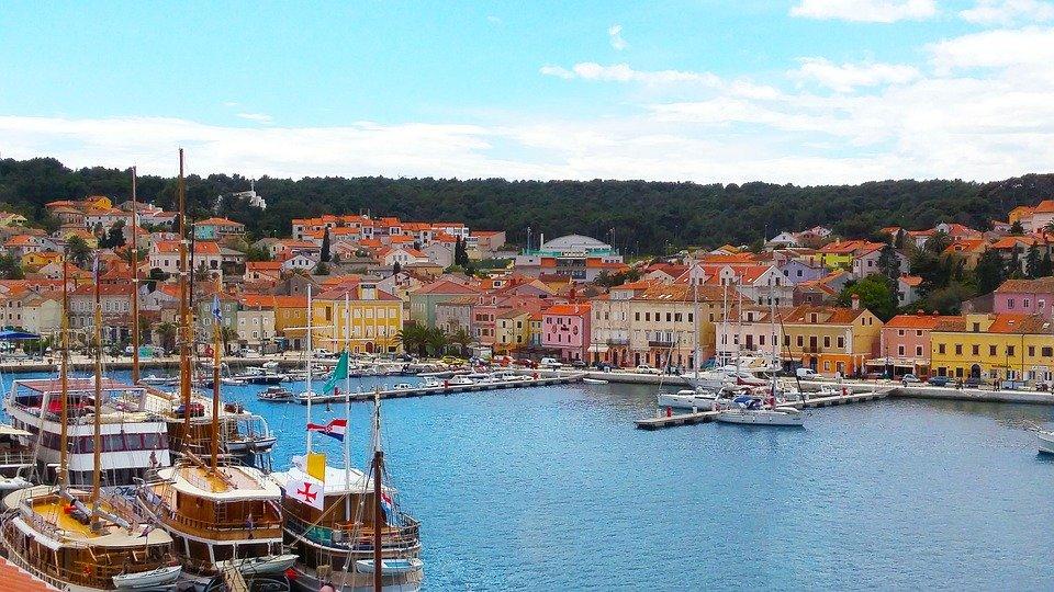 أماكن سياحية ساحرة أثناء السفر الى كرواتيا 1251016475