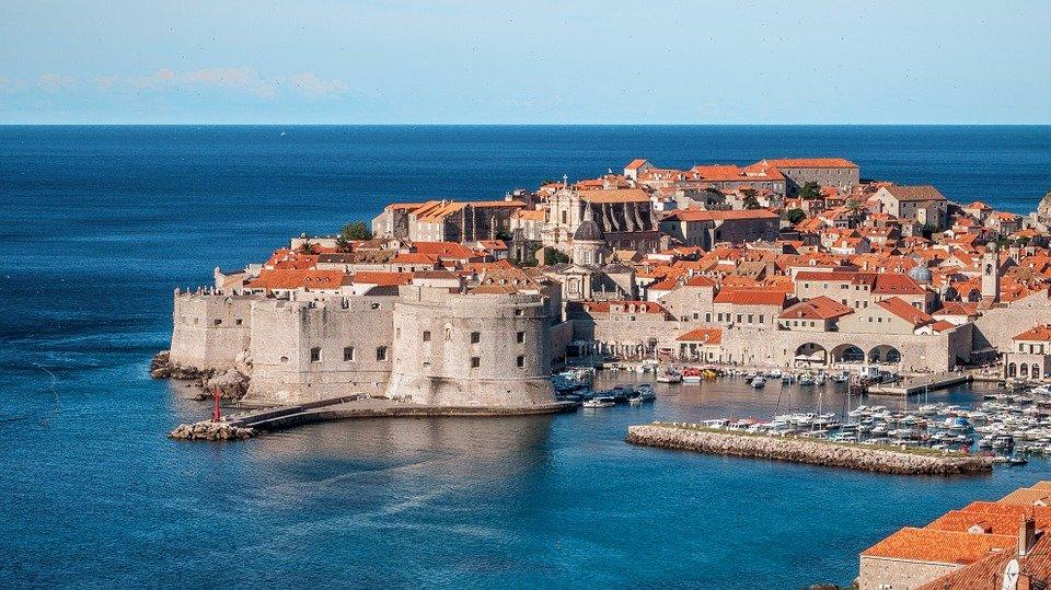 أماكن سياحية ساحرة أثناء السفر الى كرواتيا 1886448133