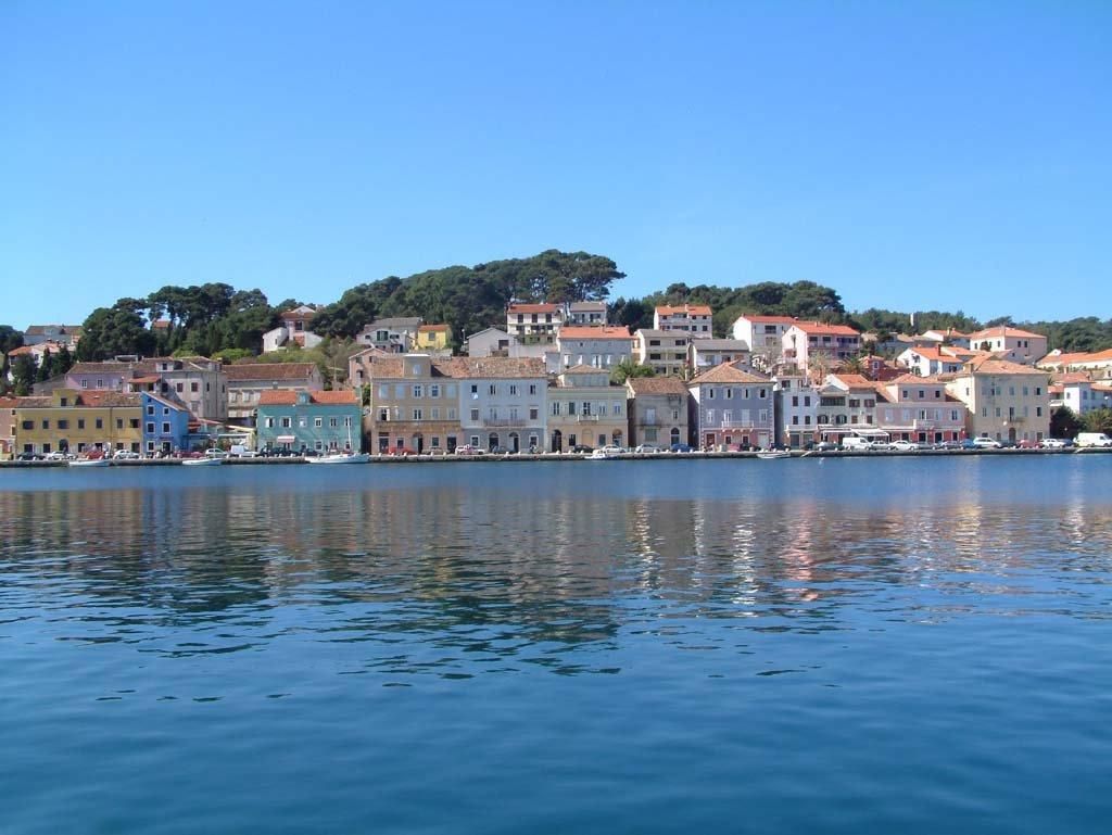 أماكن سياحية ساحرة أثناء السفر الى كرواتيا 592080958
