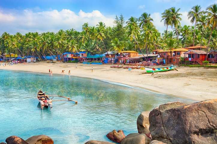 3 وجهات سياحية دافئة تسمح بالسباحة في كانون الثاني 1087205132