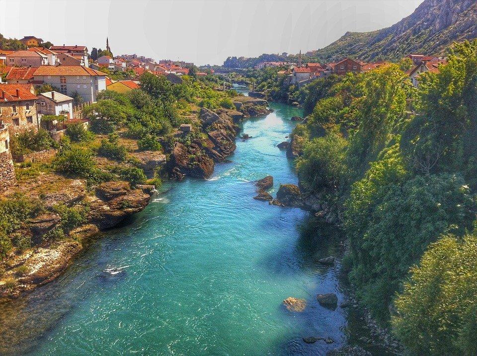 زيارة سياحية مغرية إلى البوسنة والهرسك 204514039