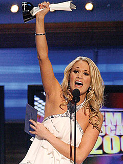 Academy of Country Music Awards Carrie_underwood1