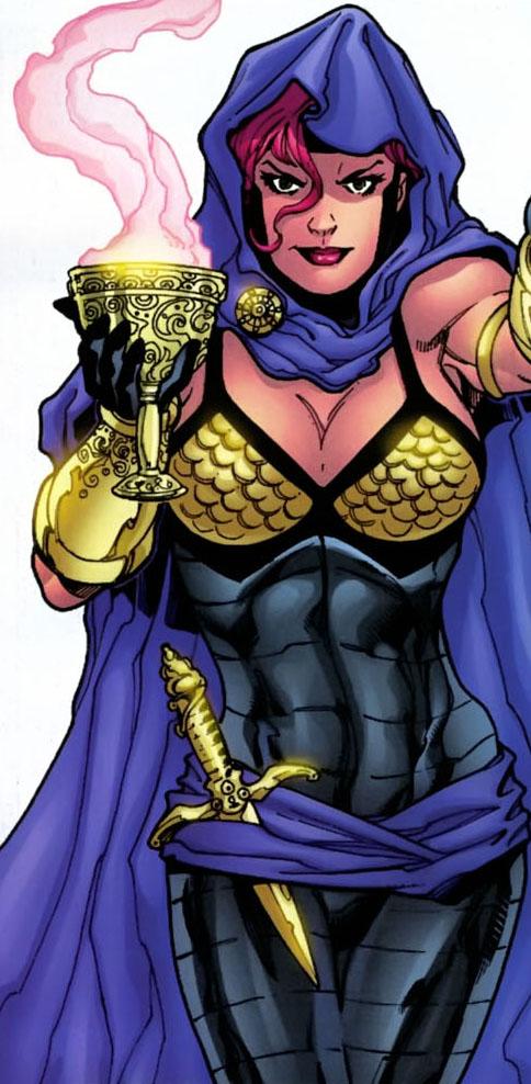 Tournoi des Personnages Préférés DC Comics (on vote pour nos persos préférés, on ne se base pas sur la force) - Page 5 Circe_%28by_Aaron_Lopresti%29_1