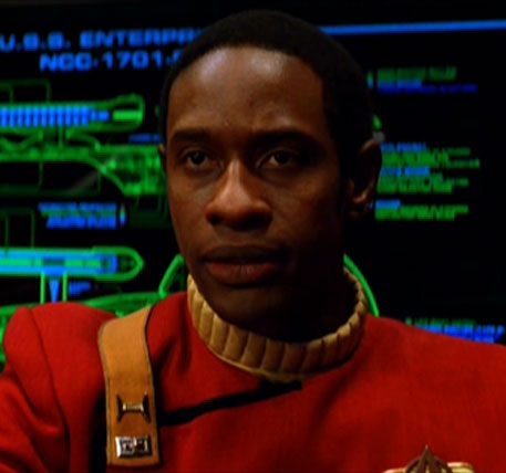 STNG: S6 ep 18 >>> Tuvok de Voyager?! Enterprise-B_lieutenant