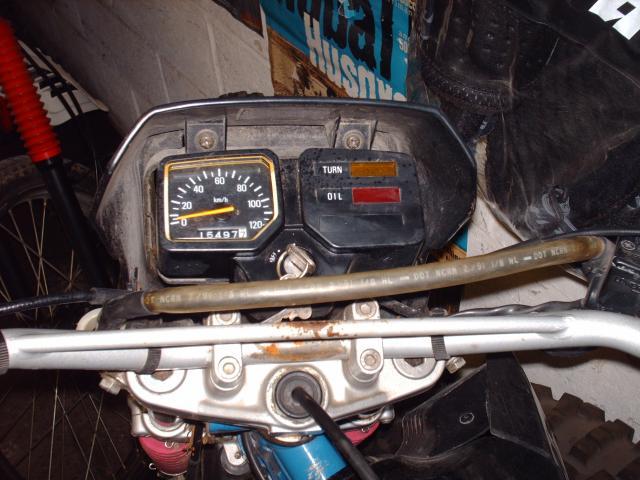 Réstauration d'un DT-MX 50 à vitesses auto de 1983 007-d8af1f