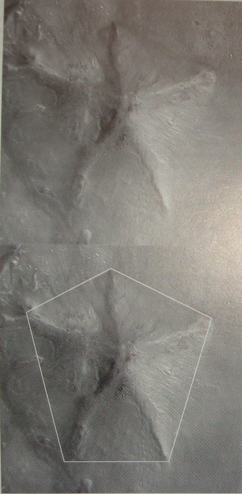 Les Pyramides D&M de Mars Dsc06030-8fcecb