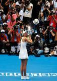 Les plus belles photos et vidéos de Maria Sharapova Th_40600_Australian_Open_2008_-_Final_05_123_48lo