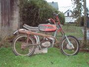 Quel modèle de malaguti Th_07487_P3280046_122_185lo