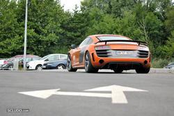 [PHOTOS] 24 Heures du Mans 2011 Th_916054222_Bonus9_Audi_R8_GT_122_930lo