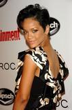 Rihanna... Th_50047_rihanna002_by_Septimiu_919_122_157lo