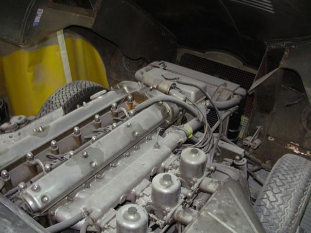 Non !  Une réparation en carrosserie ne coûte pas  un œil et un bras. B-10ae6ad