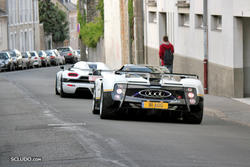 [PHOTOS] 24 Heures du Mans 2011 Th_915722303_082_Koenigsegg_Agera_R_Pagani_Zonda_PS_122_139lo