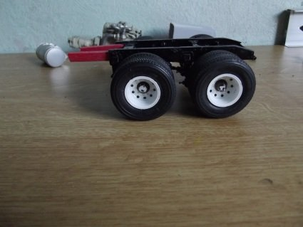 359r 4axle Tractor 19lx37ynso4