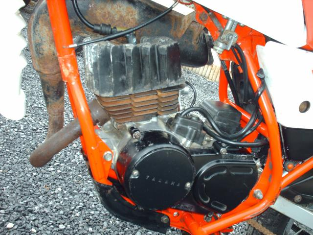 Réstauration d'un DT-MX 50 à vitesses auto de 1983 Hpim1667-bab37d