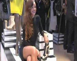 Hot Celebrity & Photoshoot Vids - Page 4 Th_859652232_rihanna_122_181lo