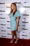 Beyonce -Cleavage, Billboard's 4th Annual Women In Music, New York, 02ott09 Th_31355_Beyonce_Billboard88s_4th_Annual_Women_In_Music_NYC_021009_009_122_240lo