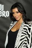 Kim Kardashian - Cleavy -Launch of 'DJ Hero' in Los Angeles - 01 giu 09 Th_41651_Celebutopia-Kim_Kardashian-Launch_of_DJ_Hero-11_122_9lo