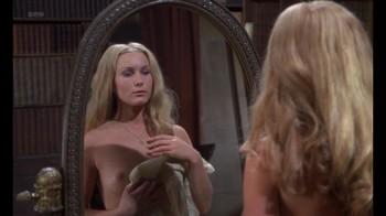 Naked Celebrities  - Scenes from Cinema - Mix - Page 3 Qmcjftqll8q4