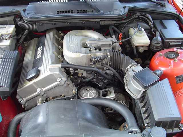 [BMW 318 i E36] Courroie ou chaîne de distribution ? - Page 2 Moteur-201-1aa4752