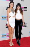 Kendall Jenner 2013 American Music Awards in LA 24.11.2013 (x16)  Th_45881_zibeno7forcelebsforum.forumpl.net016_122_452lo