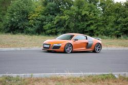 [PHOTOS] 24 Heures du Mans 2011 Th_915940844_Bonus1_Audi_R8_GT_122_64lo