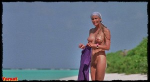 Bo Derek in Ghosts Can't Do It (1989) B5np2gocutct