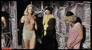 Gisele Lindley & Susan Tyrrell in Forbidden Zone (1980) Feu5rbsz46op