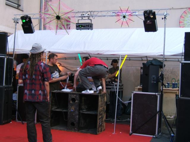 Réservoirsons - report fête de la musique à Rennes F-te-de-musique-2008-011-45b57c