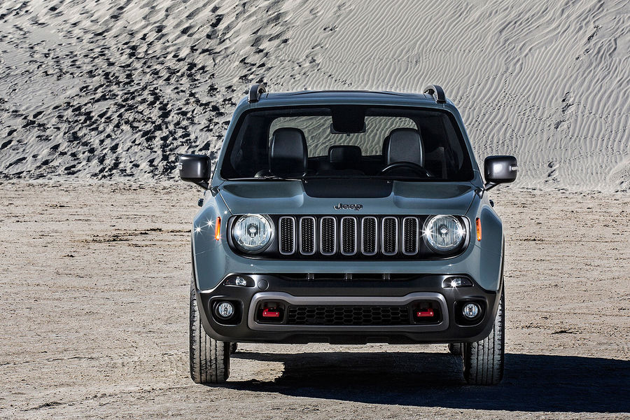 2014 - [Jeep] Renegade - Page 7 02-2014-Jeep-Renegade-Trailhawk-fotoshowBigImage-f3ac4809-757633