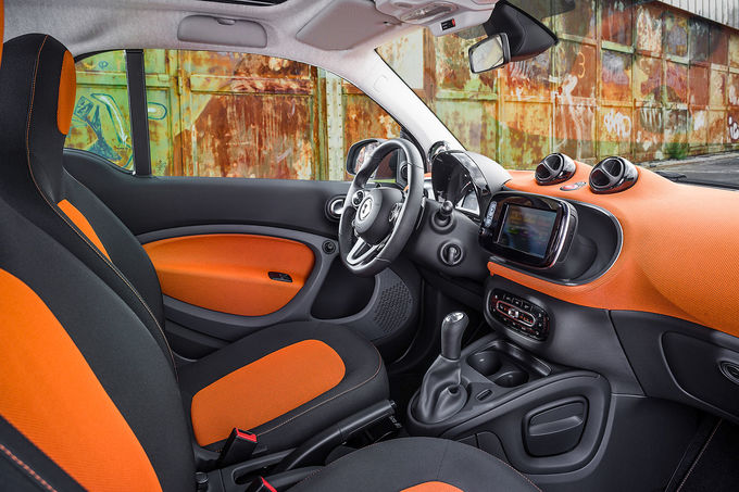 2014 - [Smart] ForTwo III [C453] - Page 18 07-2014-Smart-Fortwo-Innenraum-fotoshowImage-ba29afbb-793499