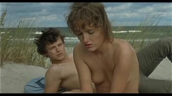 Naked Celebrities  - Scenes from Cinema - Mix - Page 2 Qpwijn5b5dw0