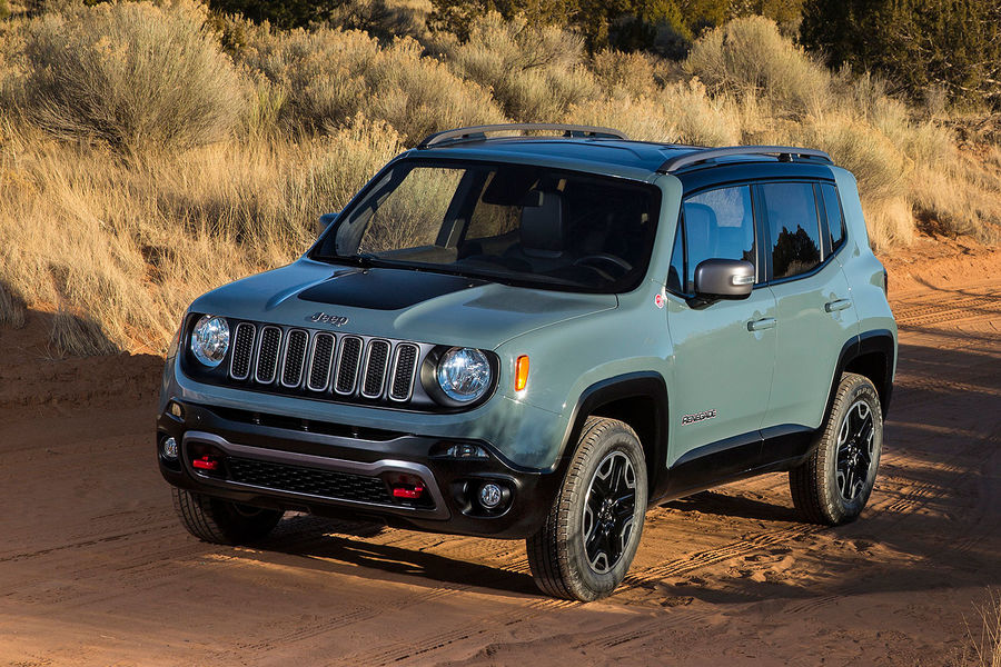 2014 - [Jeep] Renegade - Page 7 02-2014-Jeep-Renegade-Trailhawk-fotoshowBigImage-c71a19b5-757638