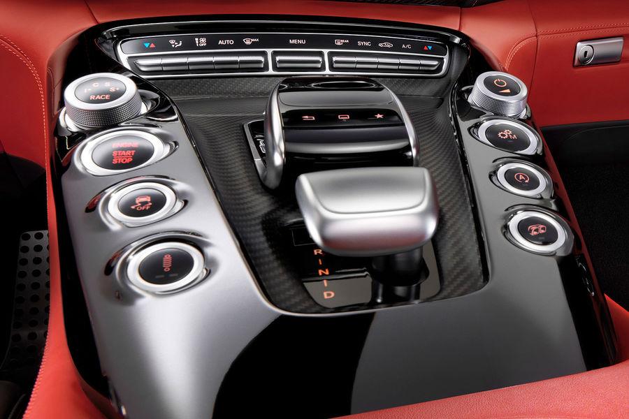 2014 - [Mercedes-AMG] GT [C190] - Page 6 Mercedes-GT-AMG-Innenraum-fotoshowBigImage-78654e6e-771356