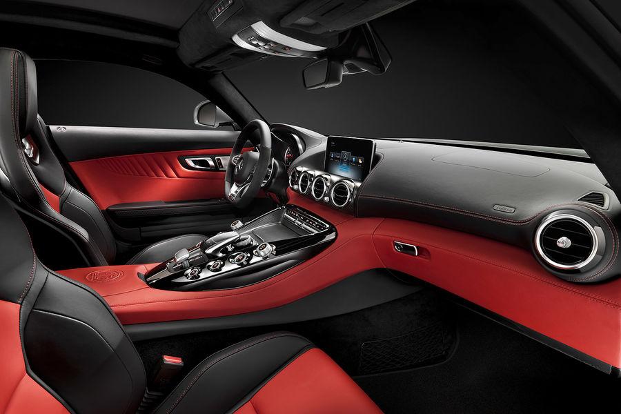 2014 - [Mercedes-AMG] GT [C190] - Page 6 Mercedes-GT-AMG-Innenraum-fotoshowBigImage-7b8f2ccd-771355