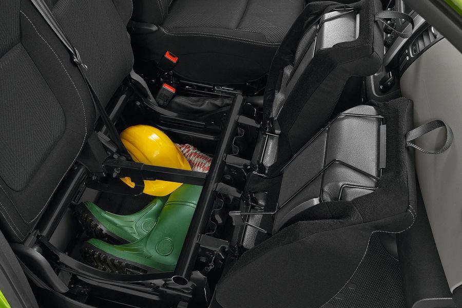 2014 [Renault/Opel/Fiat/Nissan] Trafic/Vivaro/Talento/NV300 - Page 6 Renault-Trafic-fotoshowBigImage-73ebc046-771034