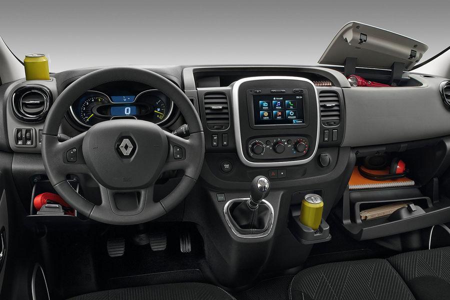 2014 [Renault/Opel/Fiat/Nissan] Trafic/Vivaro/Talento/NV300 - Page 6 Renault-Trafic-fotoshowBigImage-7bbfc4e0-771047