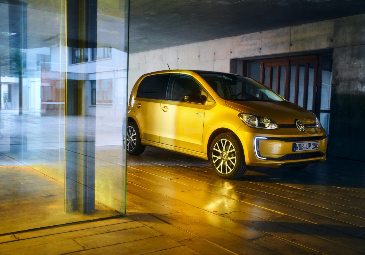 2011 - [VW/Seat/Skoda] Up!/Mii/Citigo - Page 38 Hd-volkswagen-e-up---les-photos-officielles-du-micro-restylage