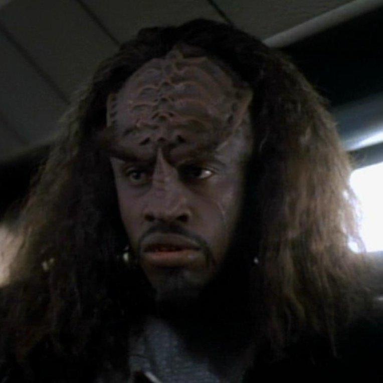 STNG: S6 ep 18 >>> Tuvok de Voyager?! Tkar