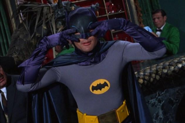 [DC Comics] CONVERGENCE - Página 4 Batman-Robin-1966-TV-Adam-West-Batusi-Wallpaper