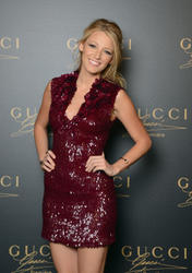 Blake Lively - Page 31 Th_569550911_Blake_Lively_Gucci_Fragrance_Launch_Venice7_122_441lo
