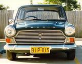ALEC ISSIGONIS AND HIS CARS Th_47543_ado16-Morris1500b_122_695lo