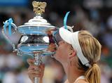 Les plus belles photos et vidéos de Maria Sharapova Th_41802_Australian_Open_2008_-_Final_26_123_1043lo
