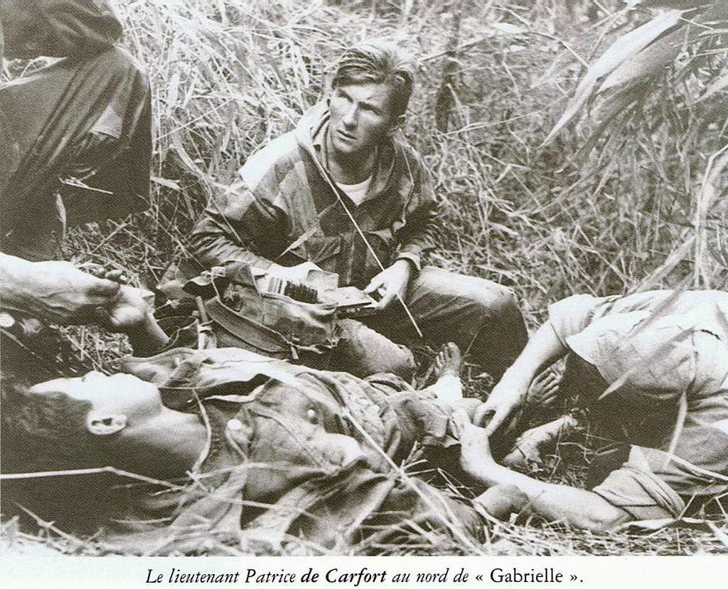 Le NEPVOU de CAFORT Patrice - Médecin général - ancien du 8° B.P.C. Hommage aux INVALIDES 25 mars 2010 - reportage en ligne Ccf02092008_00004-61b0f2-61c7f8