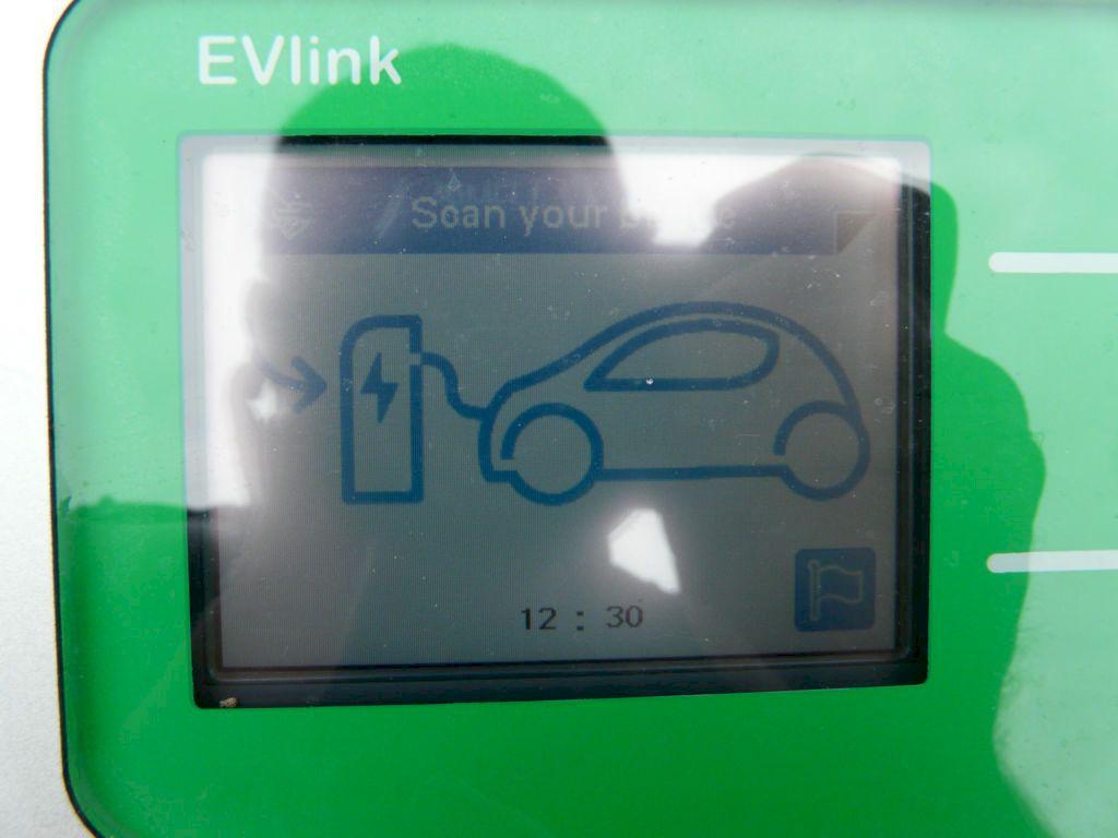 Borne de recharge rapide secteur Mulhouse Colmar Selestat accessible le dimanche EHLEB