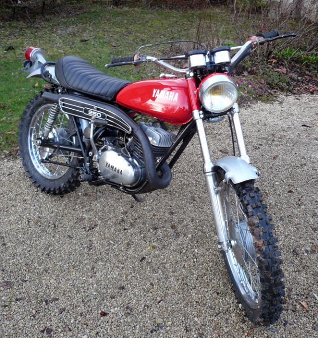 Quelle moto est la DTMX de 2011 ? Dt2-rouge-185cb36-1--25969eb