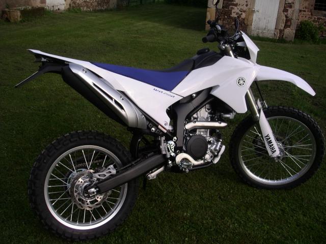 Quelle moto est la DTMX de 2011 ? Wr-25969af