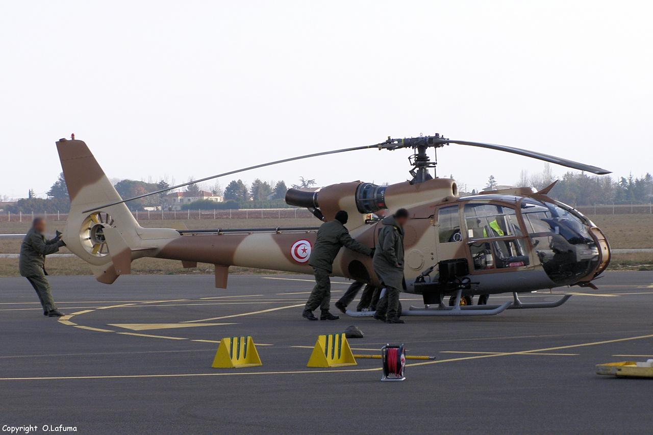 صفقة 24 مروحيةOH-58D Kiowa Warrior لتونس - صفحة 2 P1150035-24caa6d